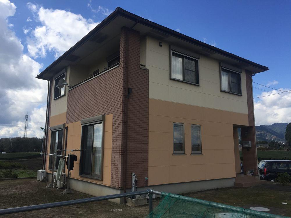 三重県鈴鹿市N様邸【外壁塗装・屋根カバー工法】施工前