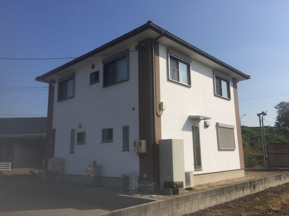 三重県鈴鹿市N様邸【外壁塗装・屋根カバー工法】施工後